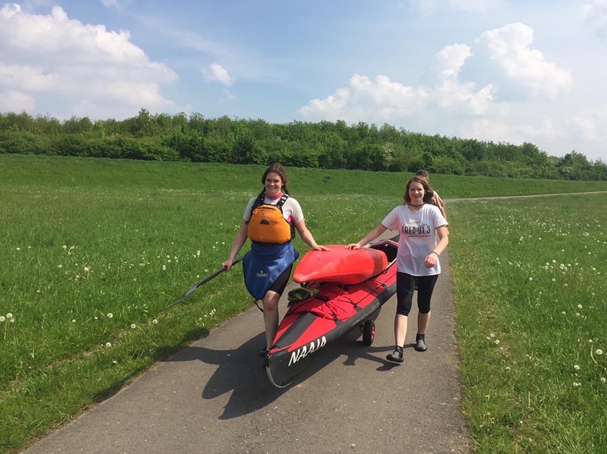 BSV-Kanuwanderer auf Großer Leipziger Runde im Bärlauchduft