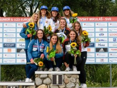Anna-Faber-female-GER-K1-medal-ceremony-Selina-Jones-Stella-Mehlhorn-©Philipp-Reichenbach_72D9072
