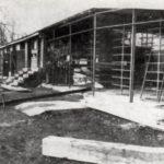 Beim Übergang von BSG Rotation in Motor-Süd 1979 wurde unser Bootshaus Beöllberger Weg 181 stark erweitert und modernisiert. (April 1981)